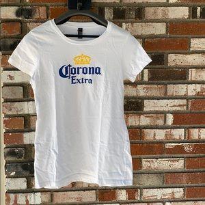 🆕White Women's Corona Extra Shirt Size Small🍺🍻